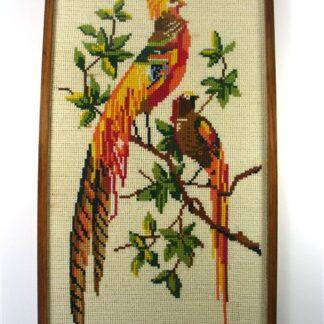 Tropische vogels in kruissteek