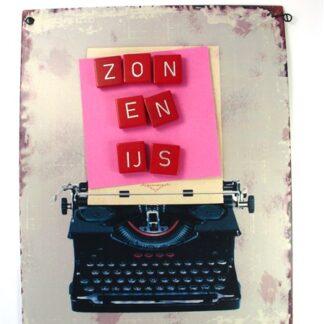 Magneetbordje met rode scrabble letters