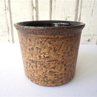 Vintage pot bruin
