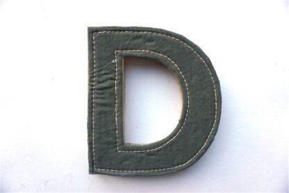 Letter 'D'- MDF met stof