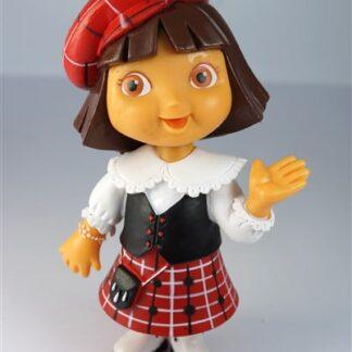 Dora, Schots