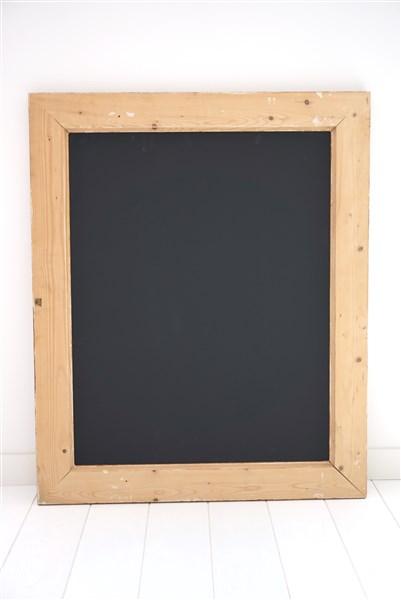 Groot schoolbord in oude lijst