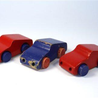3 oude autootjes