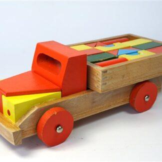 Houten vrachtauto + blokjes